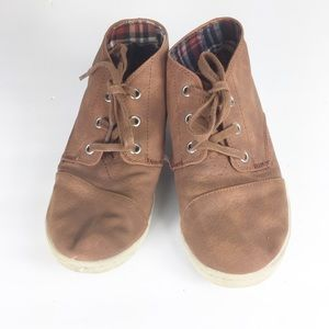 Toms Youth Size 3 Brown Lace Up Sneakers Shoes